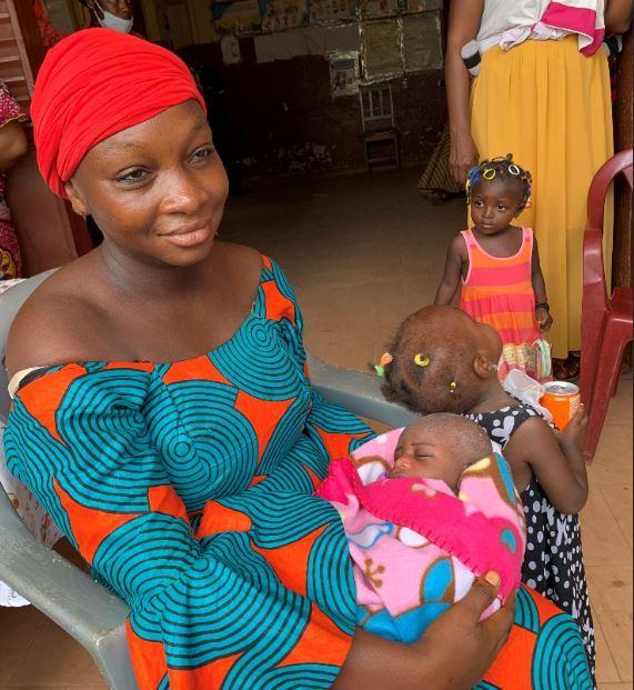 Vaccination contre la polio, Mariama Kaba déterminée à faire vacciner son enfant