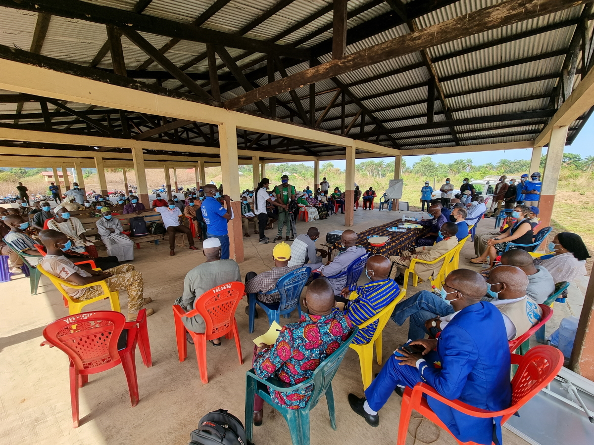 Echanges avec les communautés locales autour du projet